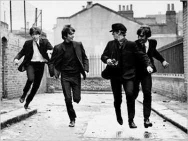 A HARD DAY'S NIGHT FOTO 3