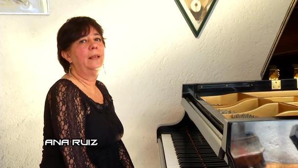 ANA RUIZ (FOTO 1)