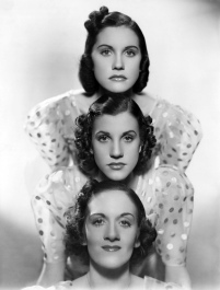 THE ANDREWS SISTERS (FOTO 1)