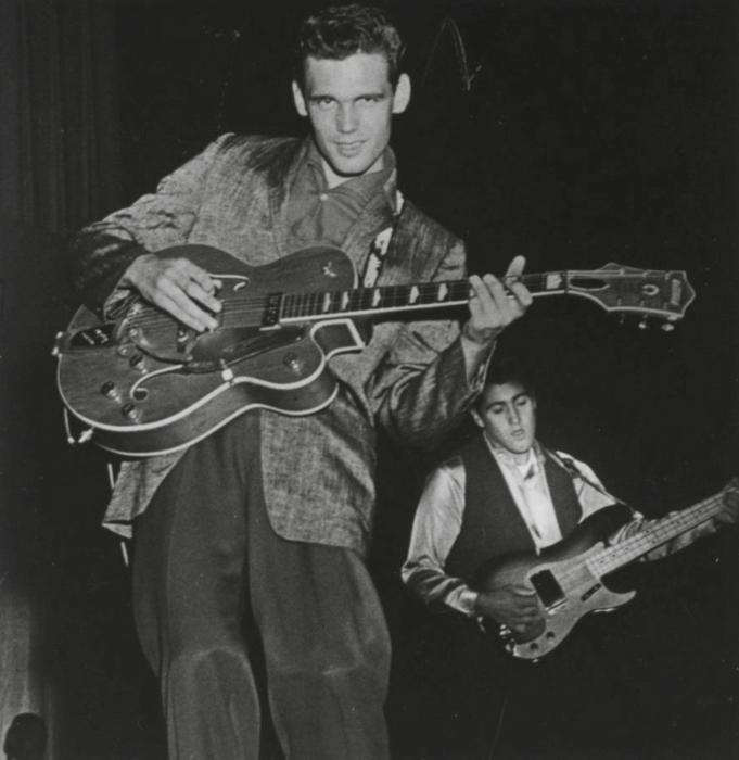 1958 (foto 1)