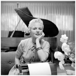 PEGGY LEE (FOTO 3)