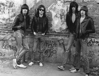 THE RAMONES U.S. PUNK ROCK BAND (1976)