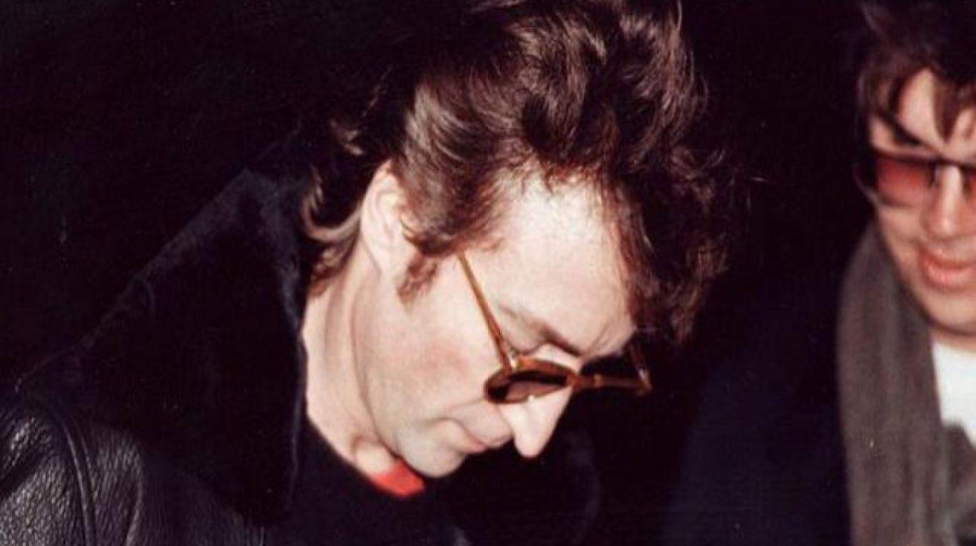 JOHN LENNON (FOTO 3)