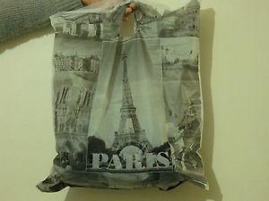 Una bolsa de París (foto 1)