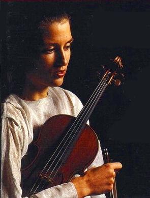 VIKTORIA MULLOVA (FOTO 1)